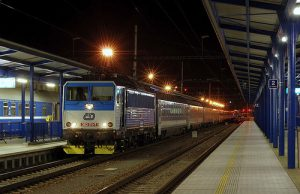 Girls Who Travel | A train pulls into the station in Krakow